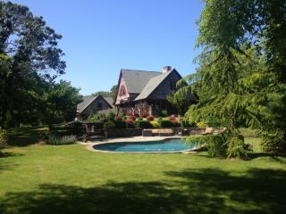 Private Beautiful Home on 2 Acres with Large Pool, Shelter Island