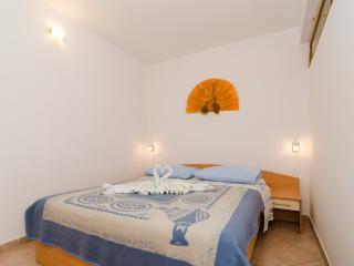 Apartments Villa Dingac-Two Bedroom Apartment No.1, Potomje