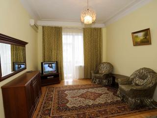 Apartment in the Center of Kiev Close to Kreshatik, 3 min. walk
