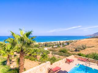 Seaview Villas (Villa Pirgos) - 300m to the Beach!, Rethymnon