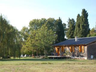 la cabane bleue un lieu unique  en Provence, Saint-Remy-de-Provence