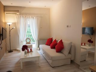 Modern Central Fully Equipped Apartment, Thessalonique