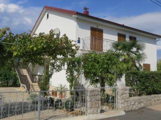 Apartment Kosanović for 4/5 people, Malinska