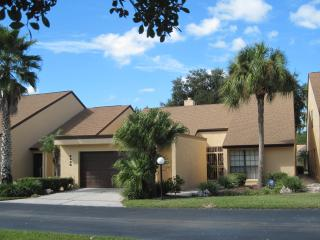Family Villa in Lakeland by Golf Course, Mulberry