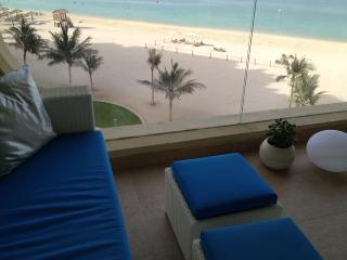 Shoreline Apartment , Full Sea view, Palm Jumeirah, Dubai