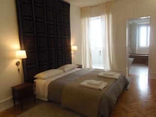 Gulbenkian- Lisboa Central Apartment- 9pax