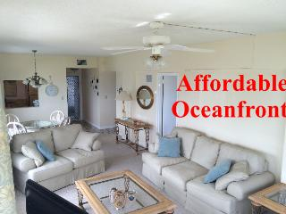 Oceanfront 2 Bdr WiFi A/C 3rd Floor, Freeport