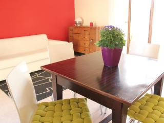 Bright apart, city center, terrace, park, WiFi, Cagliari