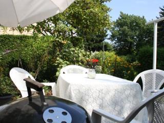 Haus Apricum - 2 Wohneinheiten, Terrasse, Garten