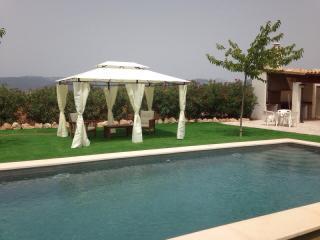 Bonita casa rural con piscina, Santa Maria del Cami