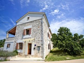 Villa Stancija Becic, Mugeba