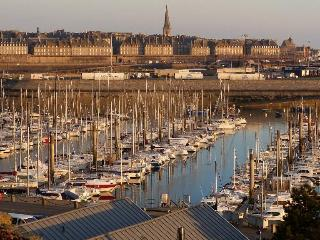 Duplex 2 chambres port des Sablons Saint Malo