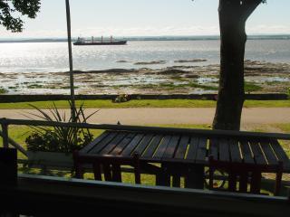 Jolie maison sur le bord du fleuve Ile-d'Orleans