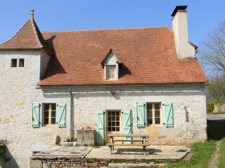 gite à la campagne pour des vacances familiale 9 p, Espagnac-Sainte-Eulalie