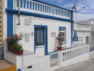 Casa Arco-Iris (Haus Regenbogen)-typisch Algarve!, Castro Marim