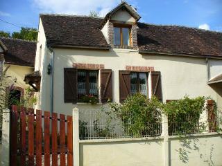 FERMETTE EN BOUGOGNE, Villeneuve-sur-Yonne