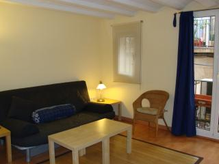 Central apartment close to Ramblas