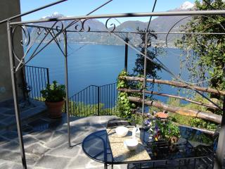 Borgo Verginate rentals lake Como apt 703, Bellano