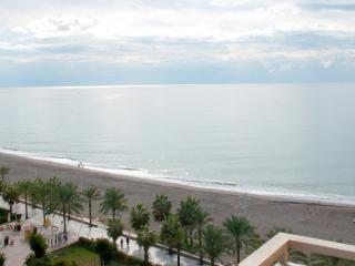 Cómodo apartamento a pie de playa, Algarrobo