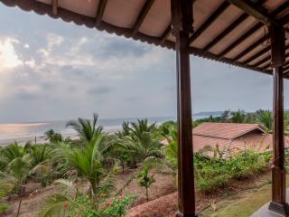 TWO BEDROOM VILLA IN BEACHFRONT VILLAS GANPATIPULE