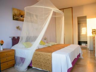 Luxury honeymoon at Myrties/Massouri