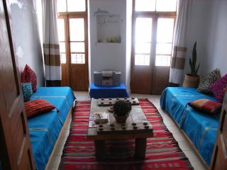Charming/quirky apartment with sea views and wifi, Essaouira