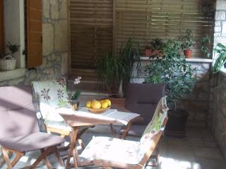 Villa Hena-for a special Holiday, Buje