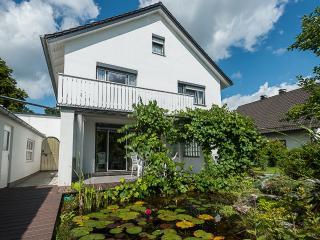 Großzügige 3 Zimmer Wohnung mit Balkon, Gilching