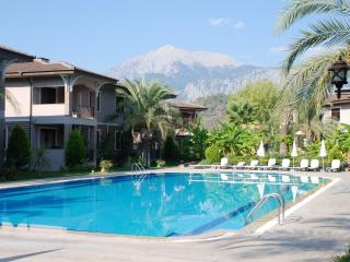 Great villa in Kemer near sea