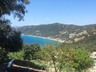 Sea View, quiet, Lyxury apart for 4 -10 people, Agios Gordios