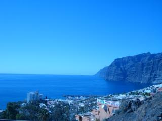 """Sunny Tenerife Beach apartment """"Nicole"""", Los Gigantes"""