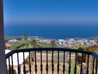 Luxury apartment with balcony sea view, Icod de los Vinos
