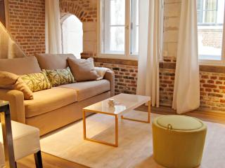 Little Suite - Ernest, Lille
