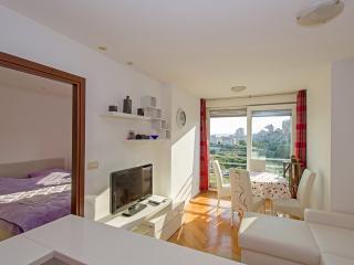 Apartment near beach, Split