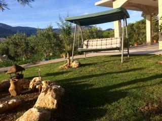 Apartment Vanja with garden & playground for kids