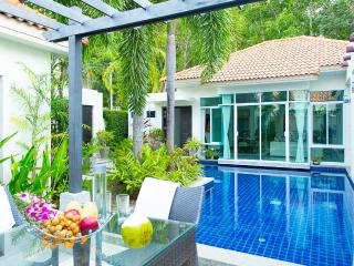 4 Bed Private Pool Villa Saiyuan Med Villa - Rawai