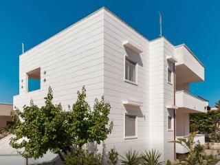 Villa Agrippina - 2 appartamenti, Torre Santa Sabina