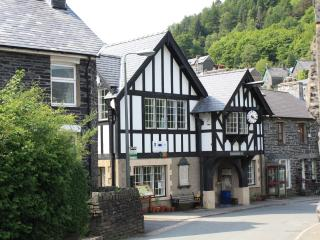 1  Isygraig . Corris.  Gwynedd . Snowdonia National Park
