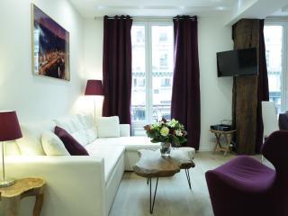 Fully renewed bright & cozy 2 Bdr, heart of Paris