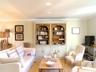 Appartement cosy de 60 m2, 1 chambre très calme!, Bordeaux