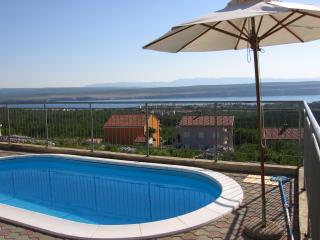 Apartment with swimming pool, Crikvenica