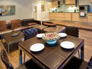Burnets Apartment - Sleeps 4, Edimburgo