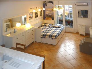 Studio meublé Vue Mer, Toulon