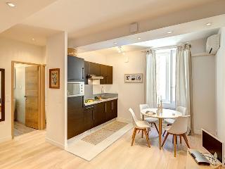 """Appartement 1 Chambre Élégant et moderne """"Aout"""" - 830, Cannes"""