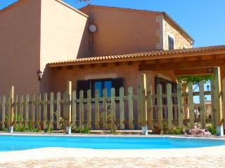 Ca'n Olivaret,bonita finca,piscina,wifi, Es Trenc!, Campos