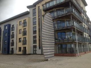 LUXURY SEAFRONT APARTMENT, Swansea