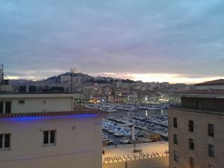 type 3 standing terrasse, Marseille