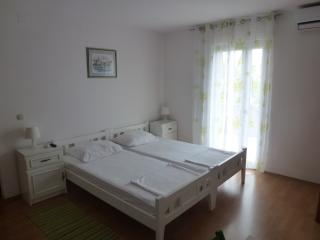 Studio 1 for 2 persons, Supetar