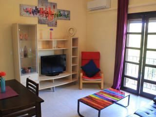 Front line beach penthouse Apt Free AC/WIFI/IPTV, Sitio de Calahonda