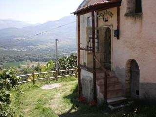 Villa Daphne - your perfect Italian base-camp, Santa Maria del Molise